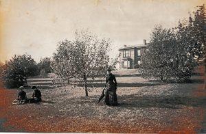 Coventry Bank garden, 1860s. Courtesy of R D Soutar.