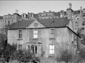 Crescent House in a sad state about 1955, shortly before it was knocked down for a modern housing estate.(Image- Dundee, Windsor Street, Crescent House, via Canmore, http://canmore.org.uk/site/184315)